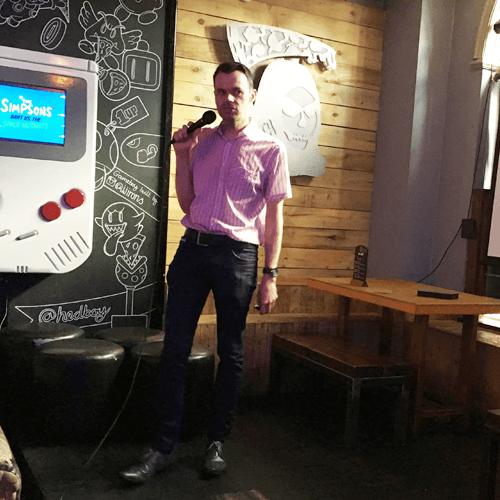 Ian speaking at Drink Digital Marketing Meetup